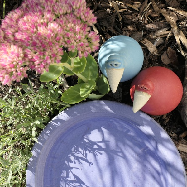 Vogeltränke lila